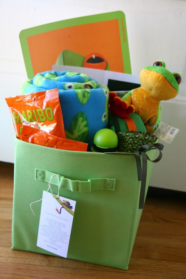 40/52 | Fun With Frogs Basket