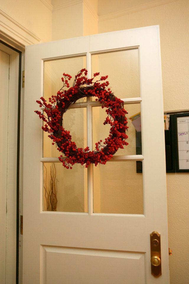 32/52 | DIY Red Berry Wreath