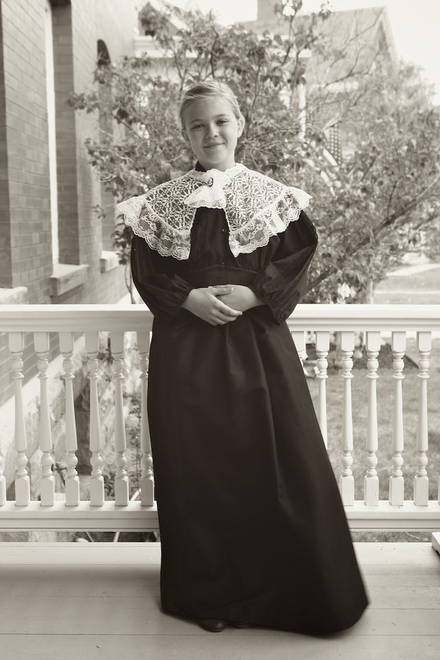 18/52 | The Get-Maddie-Outfitted-As-Clara-Barton-Project