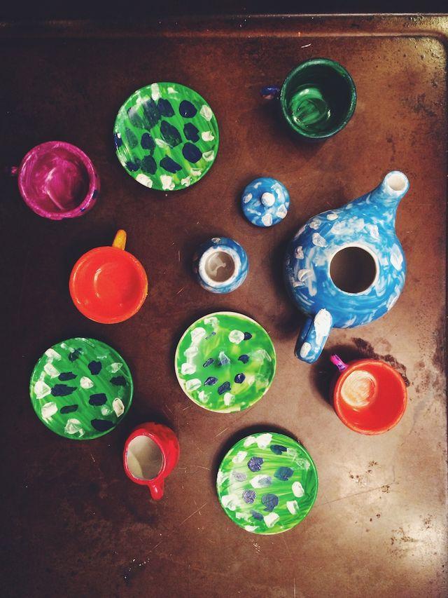 14/52   The Painted Tea Set